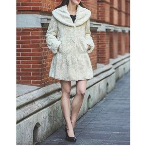 Jackets & Blazers - Vintage Style Luxury Fur Coat With Lotus Collar